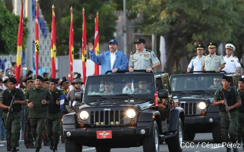 Daniel Ortega Julio César Avilés
